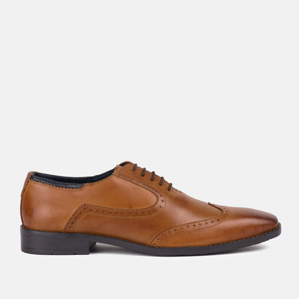 TAN quality leather oxford brogue Goodwin Smith | Mens tweed suits