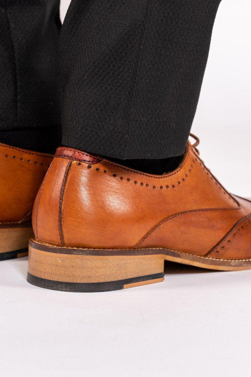 Tan Wingtip Brogue Shoes | Brogue Wedding Shoes | Mens Tweed Suits