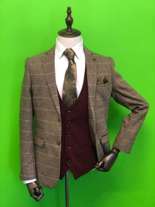 BROWN TWEED SUITS WITH WINE CONTRAST WAISTCOAT AND GOLD PAISLEY PRINT TIE SET