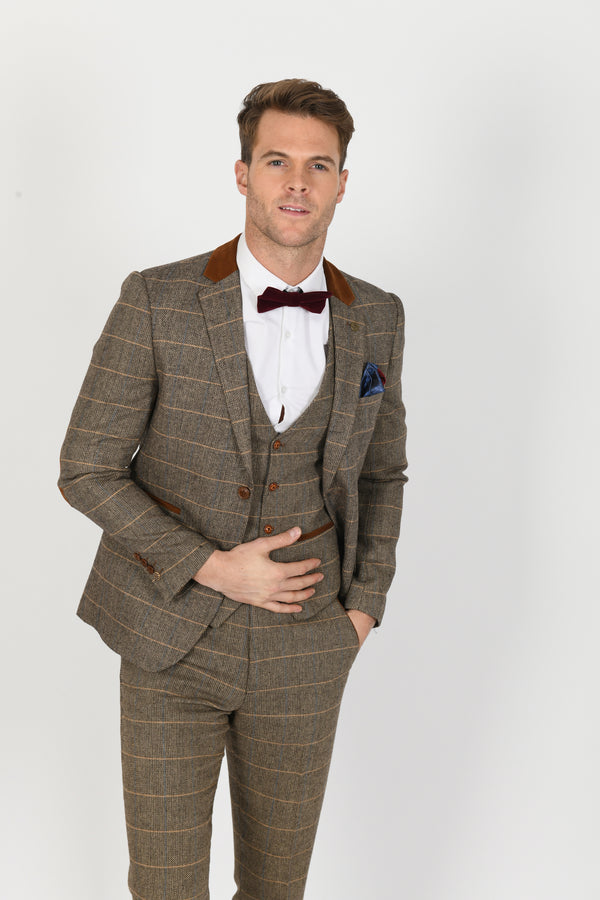 DX7 Tan Heritage Tweed Check Blazer | Marc Darcy | Mens Tweed Suits