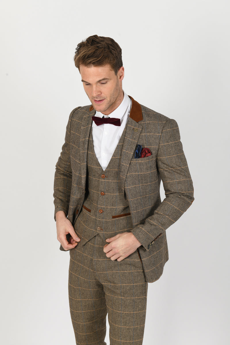 DX7 Tan Heritage Tweed Check Blazer | Marc Darcy - Mens Tweed Suits