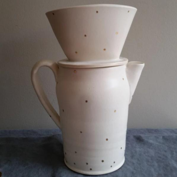 Coffee Carafe (pot) with pour over - 18k Gold Dot