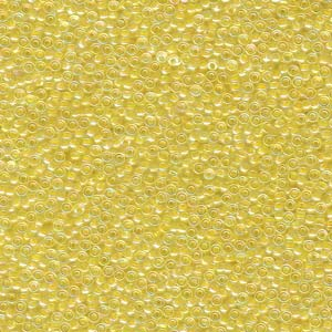 Size 15 Seed Bead, Lined Pale Yellow (10gms)
