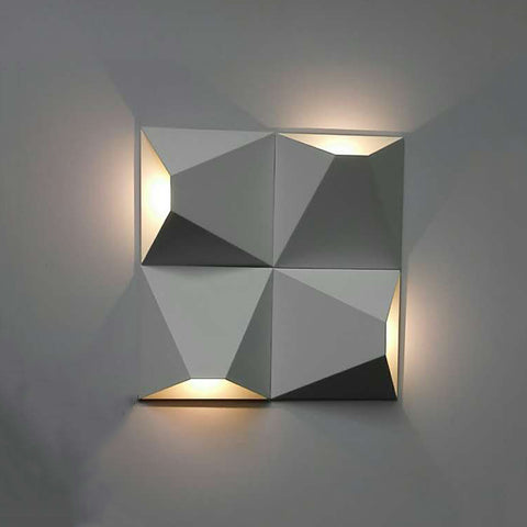 Lux Wall Light