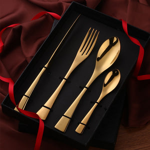 Moon Flatware Set With Gift Box