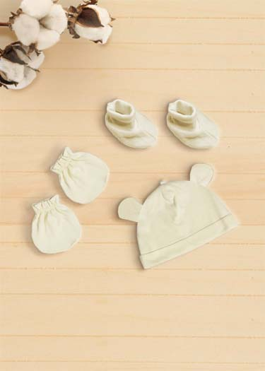 Organic Newborn Accessories Set