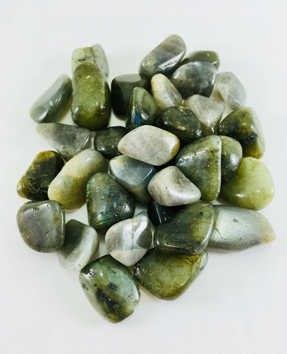 Crystal - Polished Labradorite - Essential Relaxation