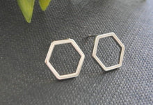 Load image into Gallery viewer, Elegant Hexagon Honeycomb Earrings