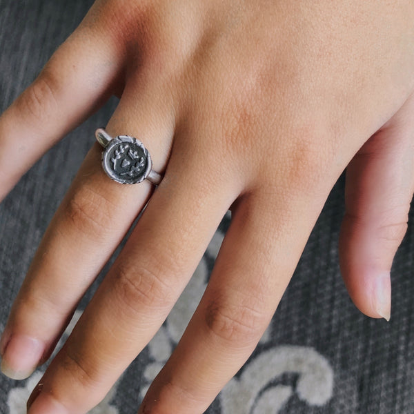 Loves Wax Seal Ring - Sterling Silver