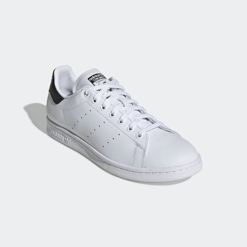 scarpe adidas simili alle stan smith