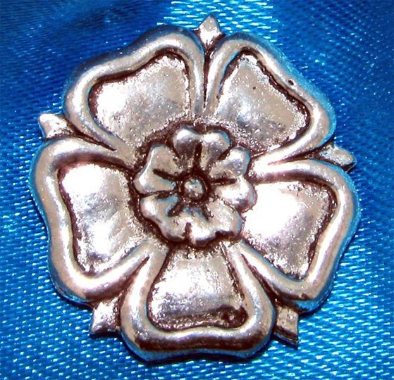 English Rose Pin Badge
