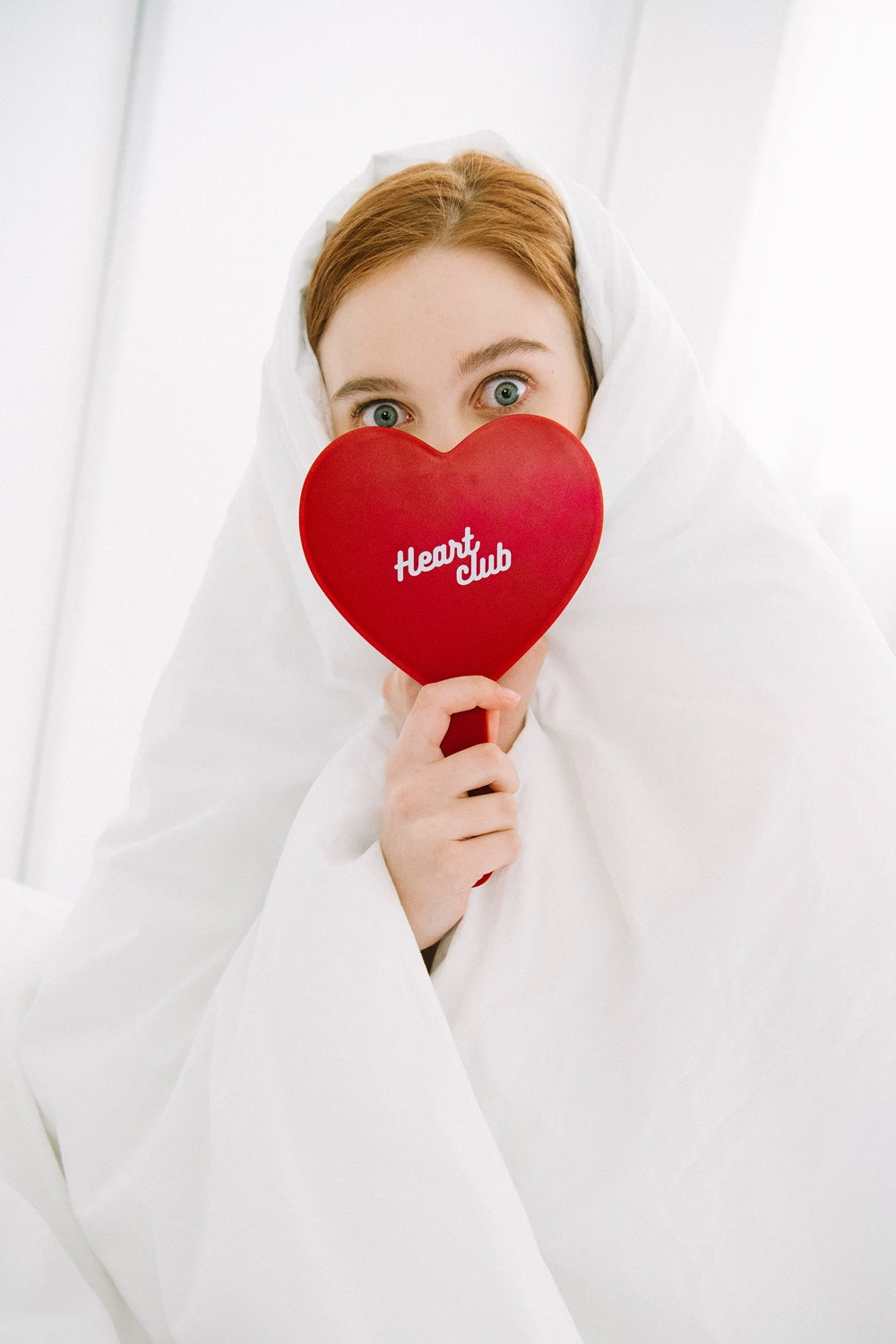 HEART CLUB Heart-Shaped Hand Mirror