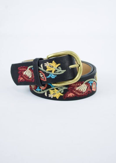 Flower Embroidered Belt In Black