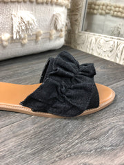 Step This Way Sandal in Black
