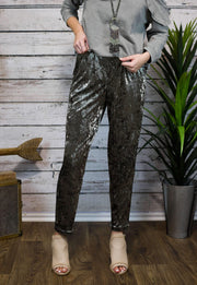 Trend Setter Velvet Pants In Faded Olive