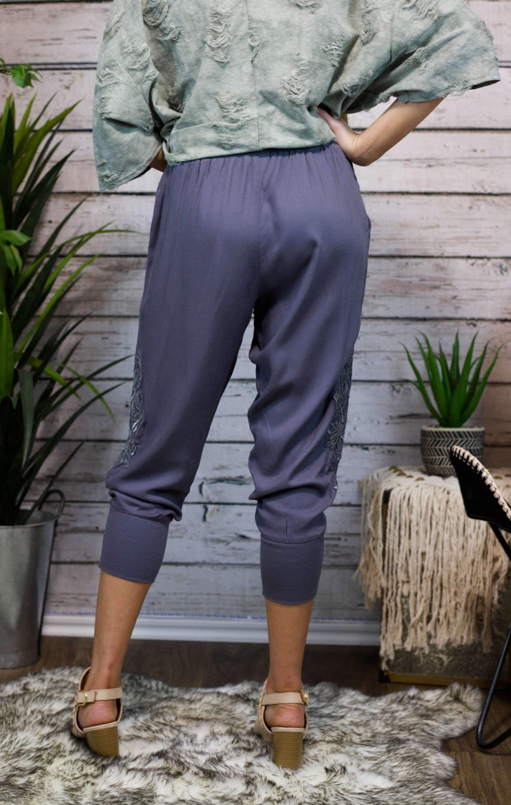 Genie Vibes Embroidered Capri In Ash Blue