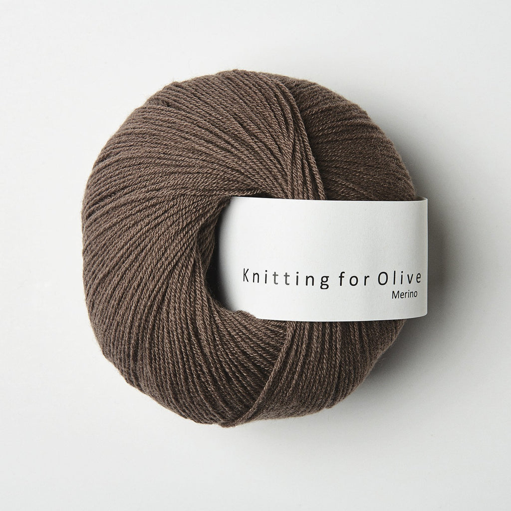 Knitting for Olive Merino Blommeler