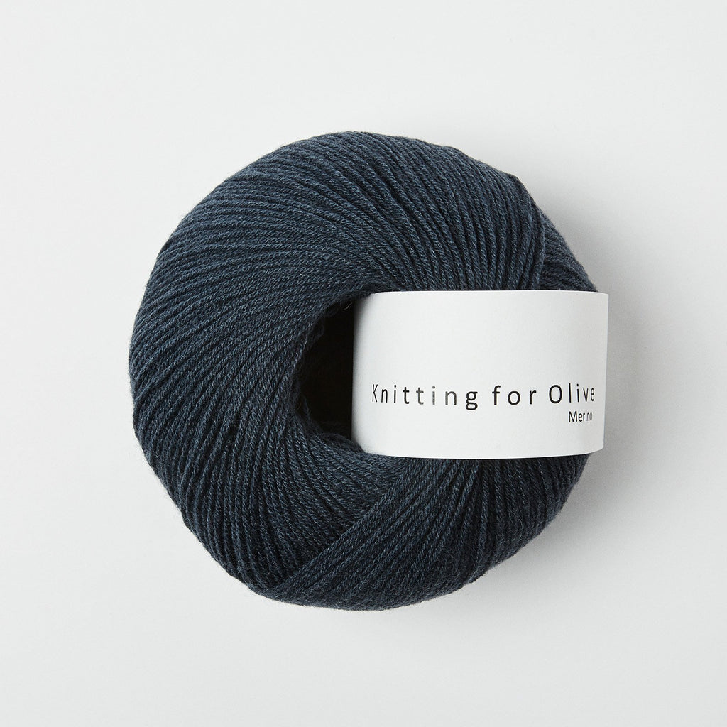 Knitting for Olive Merino Dyb Petroleumsblå