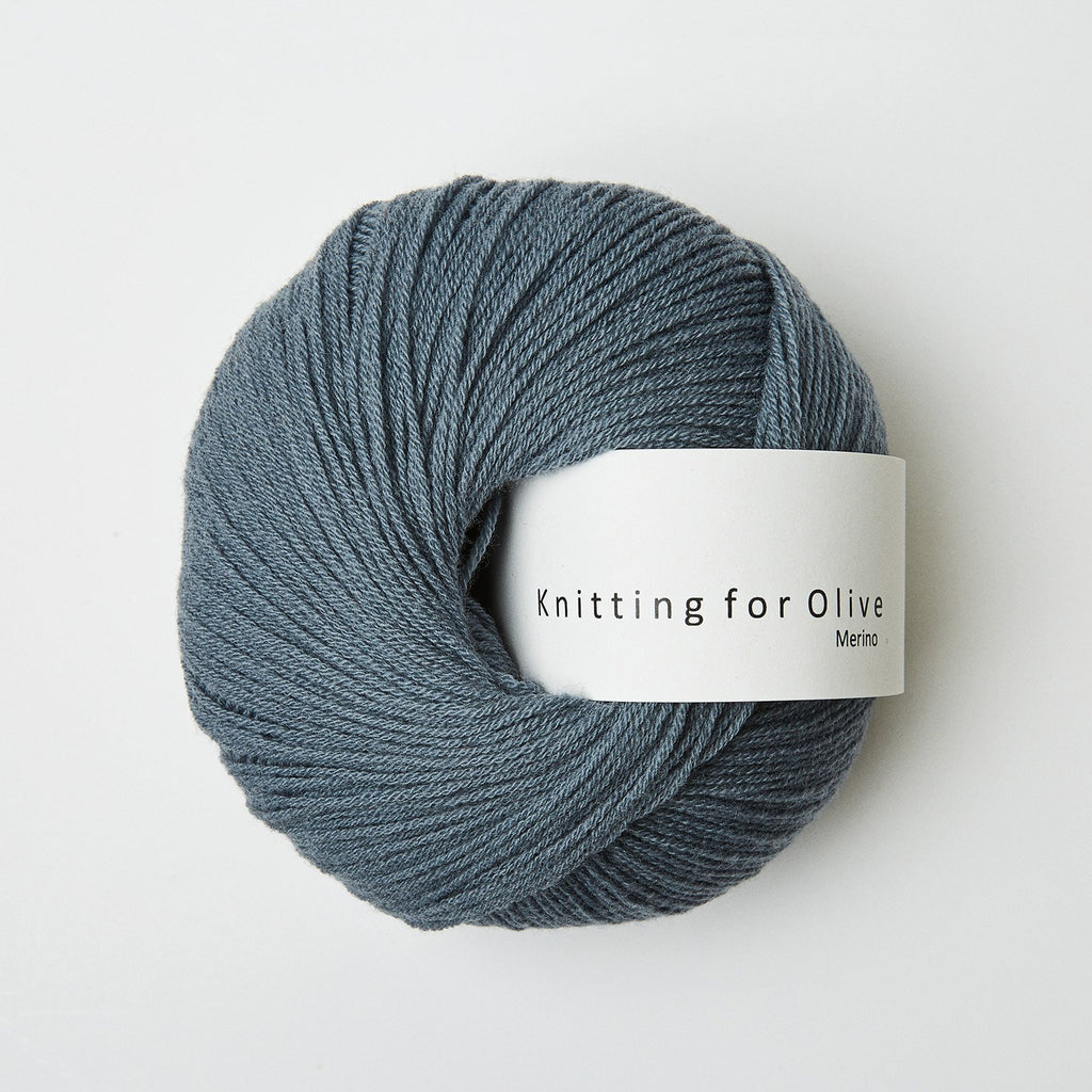 Knitting for Olive Merino Støvet Petroleumsblå