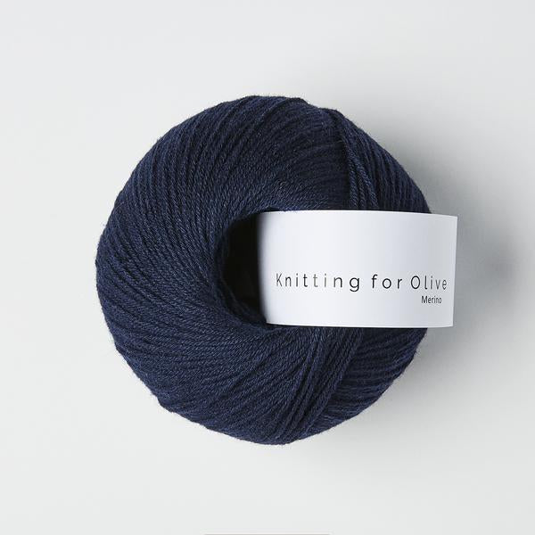 Knitting for Olive Merino Marineblå