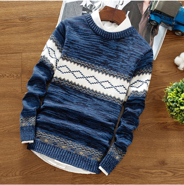 """FASHION HUNTER"" SWEATER"