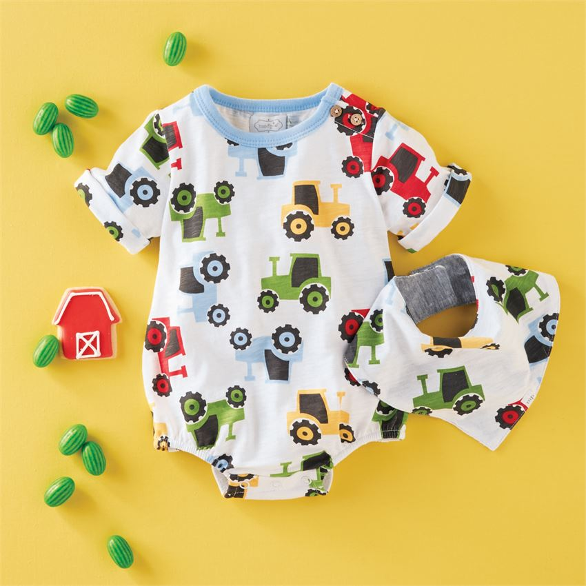 Tractor Bubble & Bib Set