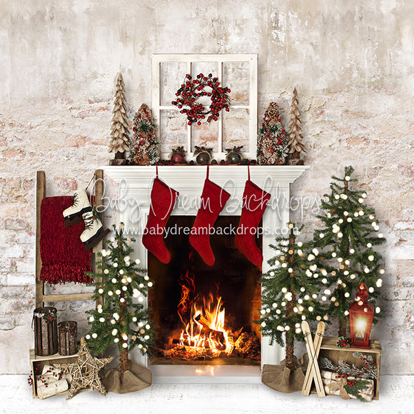 Farmhouse Cozy Fireplace (Lights)
