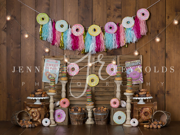 Girl Vintage Donut (No Balloons)
