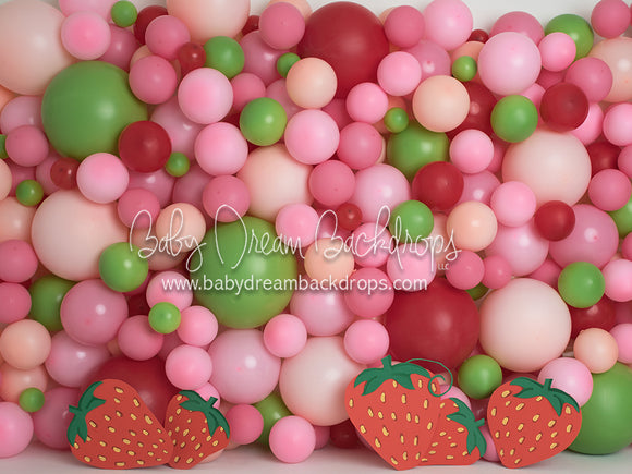 Strawberry Balloons 60x80 AM