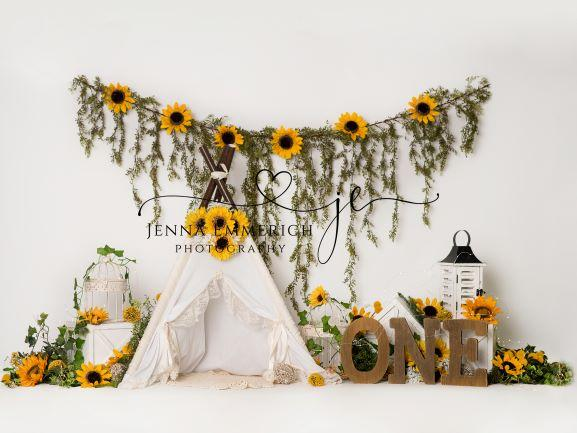 Boho Teepee sunflowers