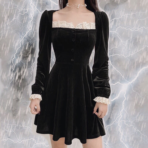 Romantic Gothic Vintage-Aesthetic Black Velvet Mini Dress