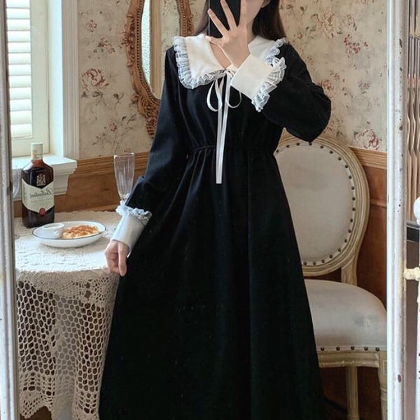 Dahlia Dark Lolita Vintage Style Long Sleeve Dress