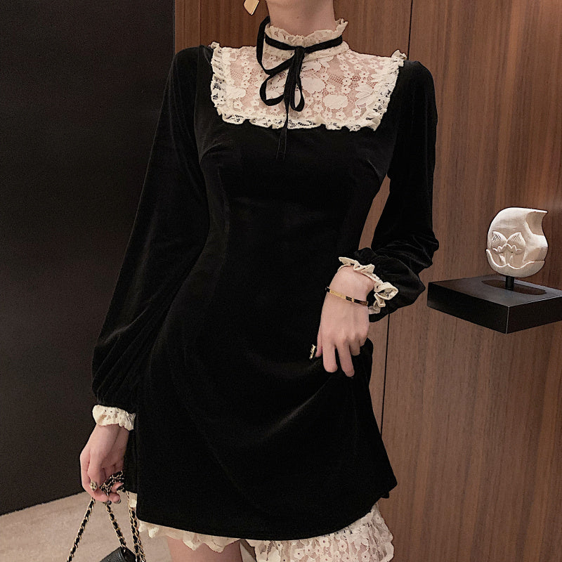 Larme Doll Velvet Lace Mini Dress