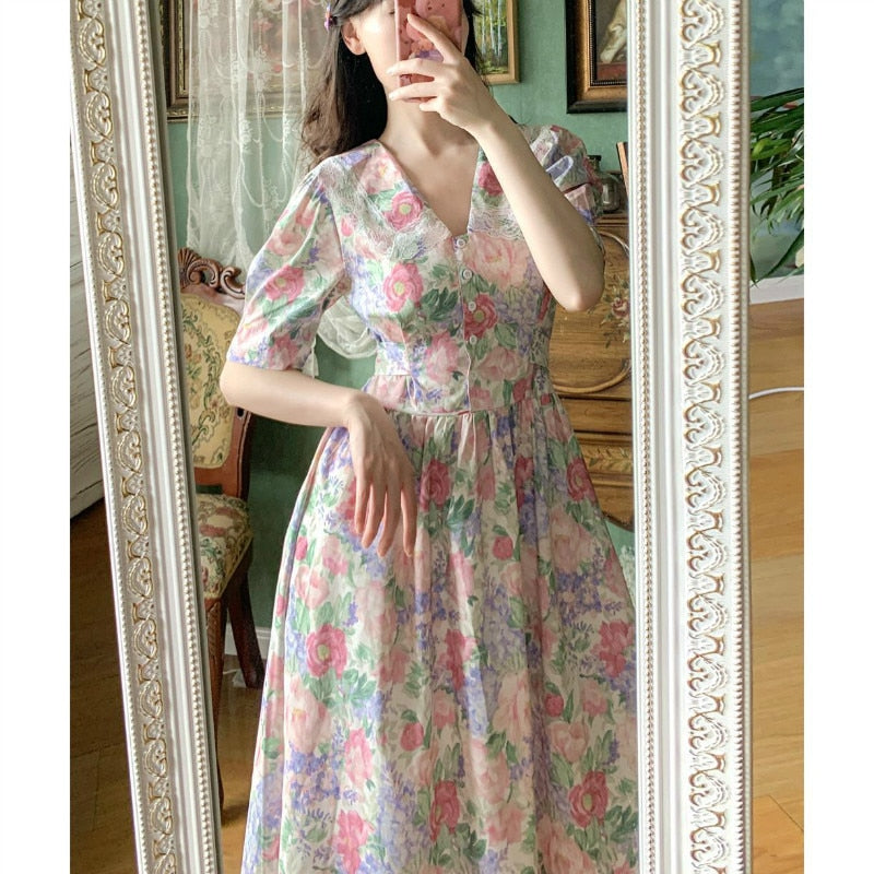 Pastel Floral Vintage-Aesthetic Summer Dress