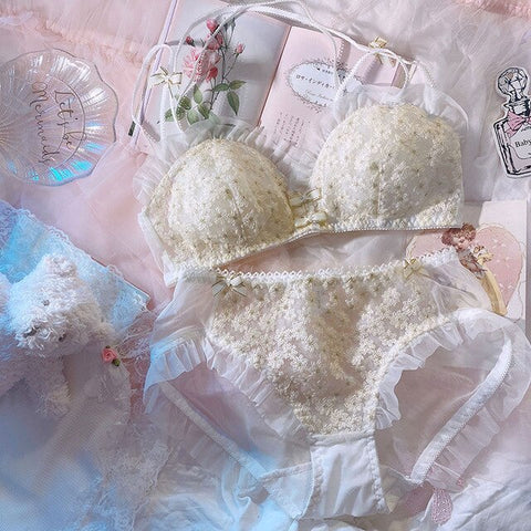 2-piece Delicate Floral Lace Kawaii Princess Nymphet Lolita Lingerie Set