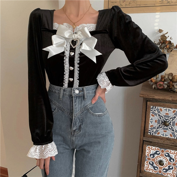 Lynn Dark Lolita Black Velvet Bow Heart Blouse