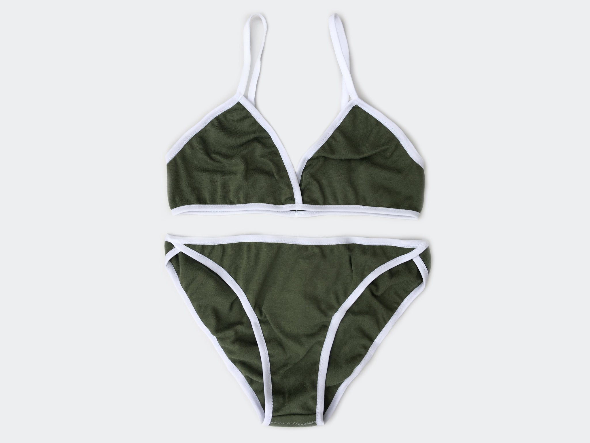 Khaki contrast edge set