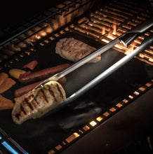 Load image into Gallery viewer, LED Smart Tongs, grill light, grillight, bbq tools, grill tools