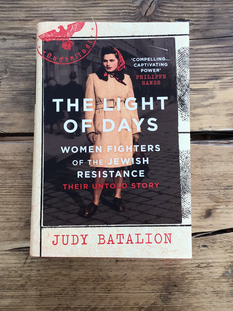 Light of Days: Woman Fighters of the Jewish Resistance