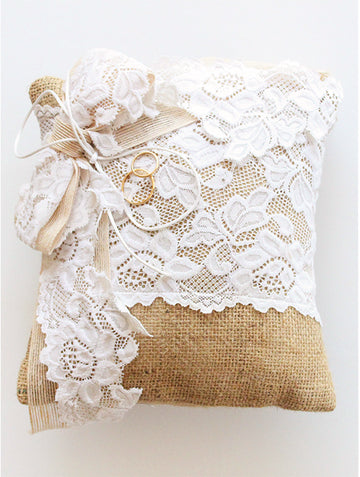 Gifts To The Bride | 24 | Rings Pillow