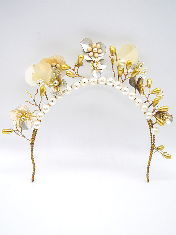 Winds of Change | 4 | Gold Headpiece