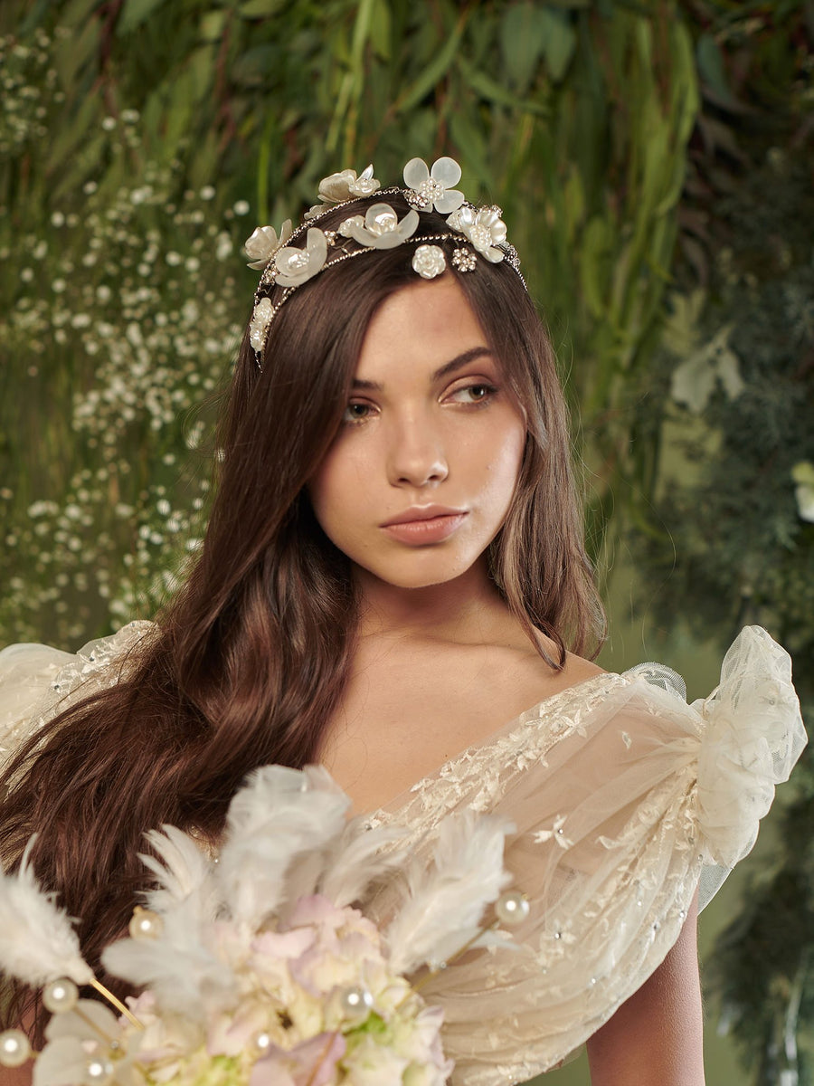 An Ode To Daisies | 6 | Silver Headpiece