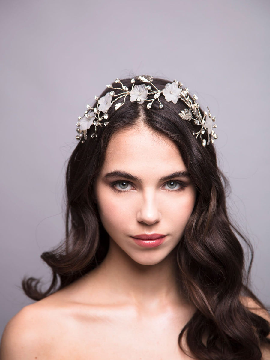 An Ode To Daisies | 8 | Silver Headpiece