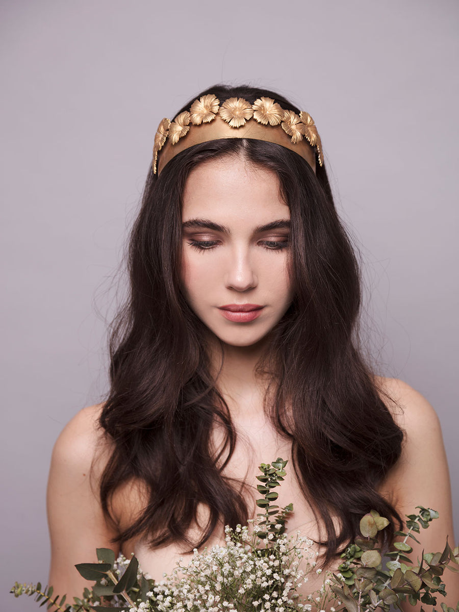 An Ode To Daisies | 10 | Bronze Headpiece