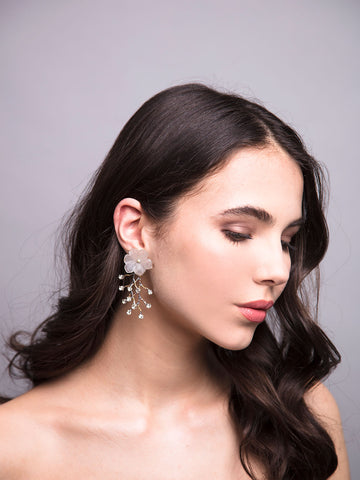 An Ode To Daisies | 11 | Gold Earrings