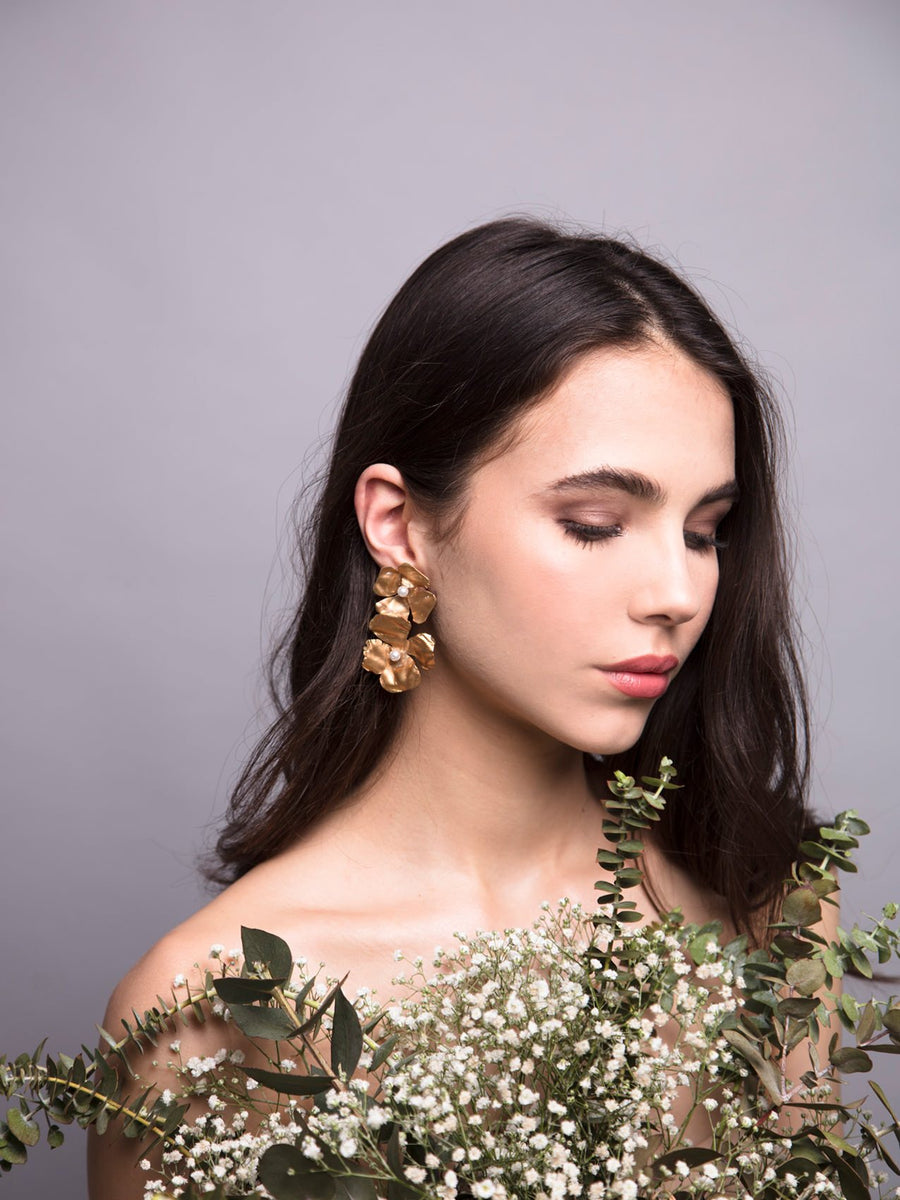 Flora Arabica 5 Wedding Gold Earrings With Pearls And Brass