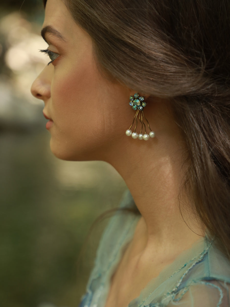 Something Blue | 14 | Gold Earrings