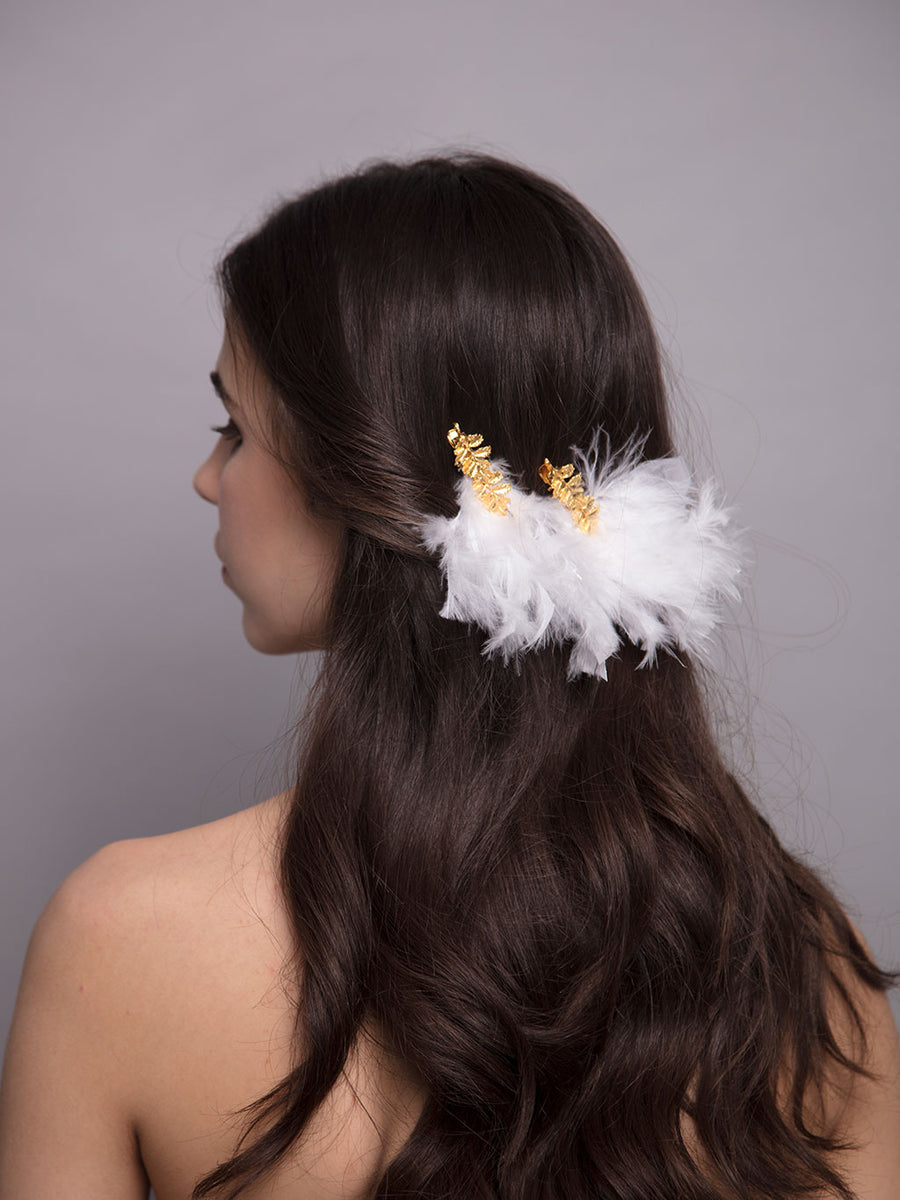 Something White | 1 | Gold Hair Clip