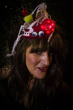 Light-up Halloween Skelleton Fascinator.