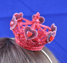 Red Queen of Hearts Miniature Crown.